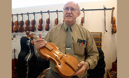 Violinist.com Interview with Luthier Peter Prier