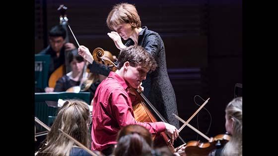 Amsterdam Cello Biennale 2016: Anner Bijlsma Master Class; Alexander Warenberg wins Competition