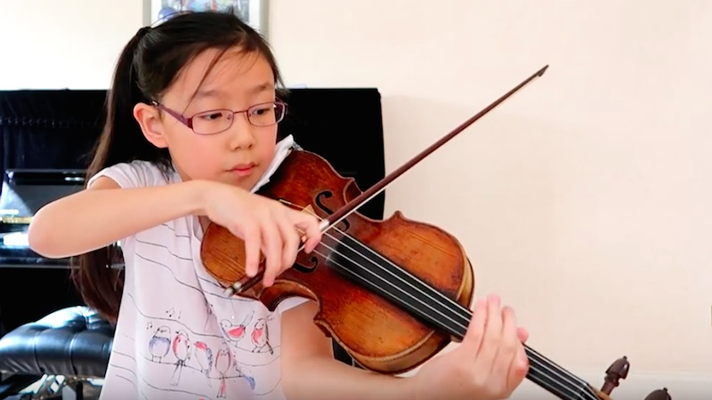 Thinking Aloud - The Violin Girl with Paganini Concerto