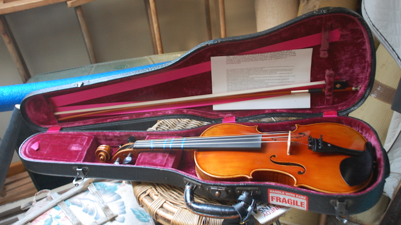 The Well Aging Fiddler - What I did on my Summer Vacation: Traveling with my Violin.