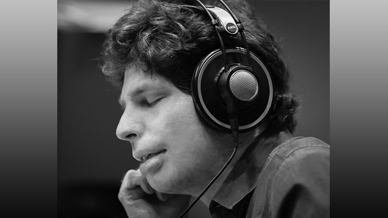 Violinist.com Interview with Augustin Hadelich: Paganini 24 Caprices
