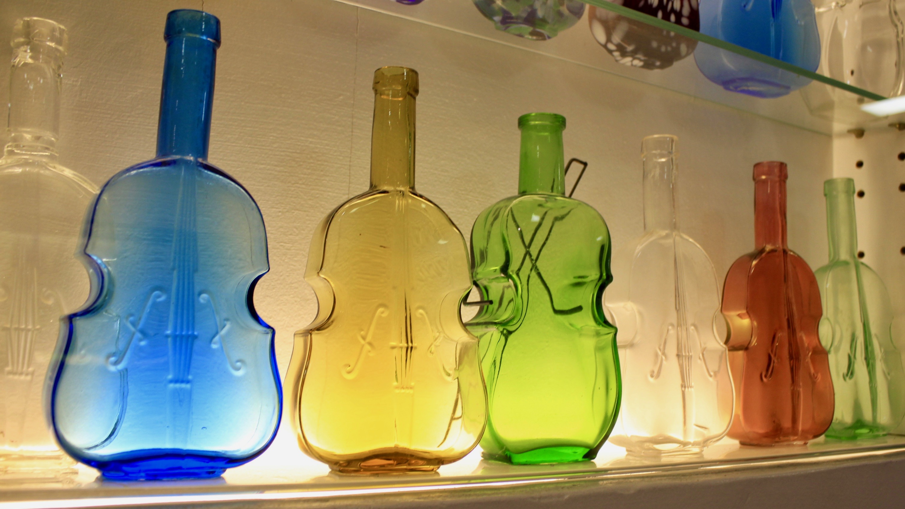 V.com weekend vote: How many violin-shaped knick-knacks do you own?