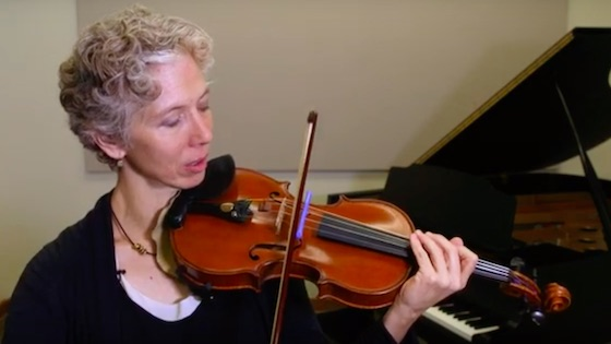 10 Ways to Straighten The Bow without a Mirror; Figure-8 Bowing (with VIDEO)