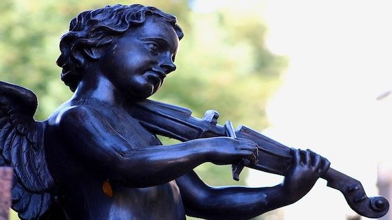 V.com weekend vote: Do you feel physically at ease when playing the violin or viola?