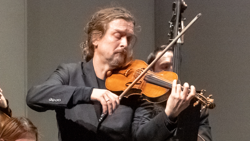 Review: Christian Tetzlaff Performs Beethoven with LA Chamber Orchestra