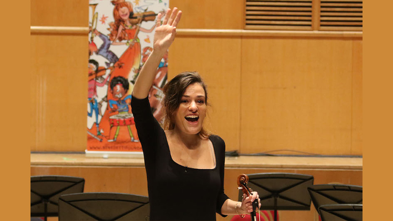 Nicola Benedetti's Virtual Sessions Reach Thousands; Final Concert Is Sunday