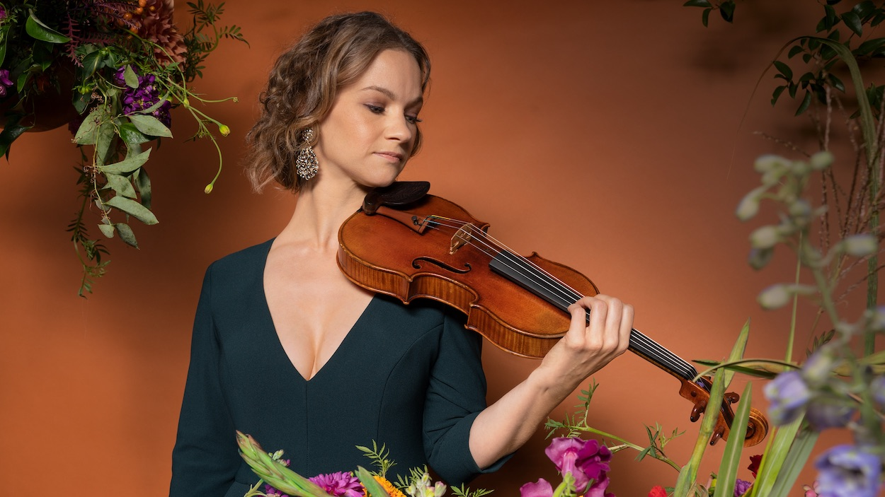 Interview with Violinist Hilary Hahn: 'Paris' and Artistic Collaboration