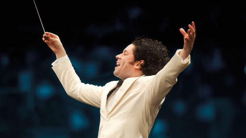 LA Phil Returns to Hollywood Bowl for Mostly Vaccinated Audience this Summer