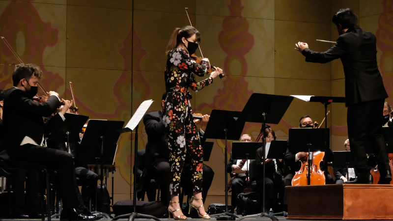 REVIEW: Violinist Tessa Lark, Torke, and Tennessee