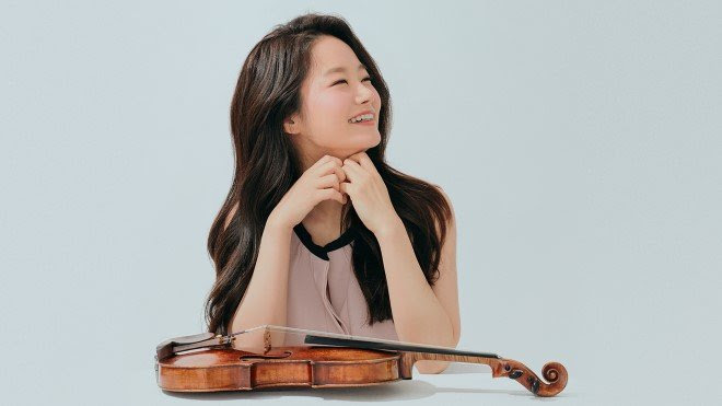 Interview with Violinist Bomsori - Violin on Stage