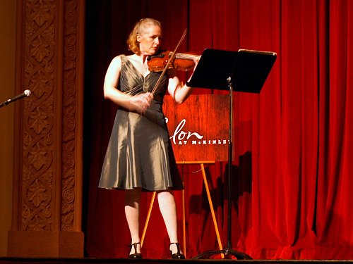 Laurie Niles in recital