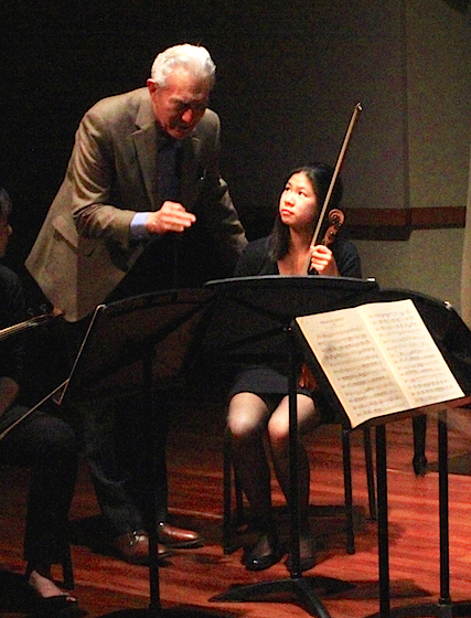 Steinhardt with violinist