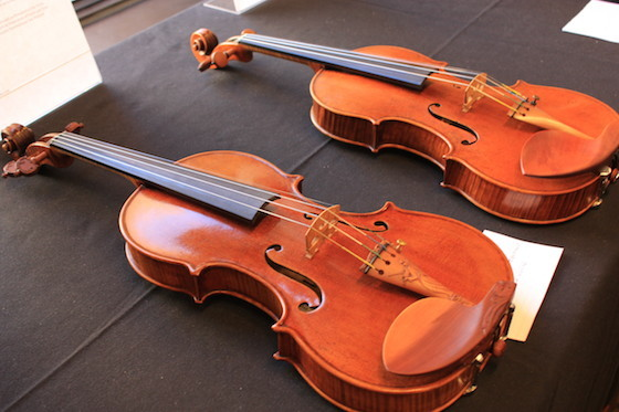 Old and New Violins, a New Perspective on an Old Dilemma