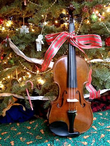 Christmas gift violin