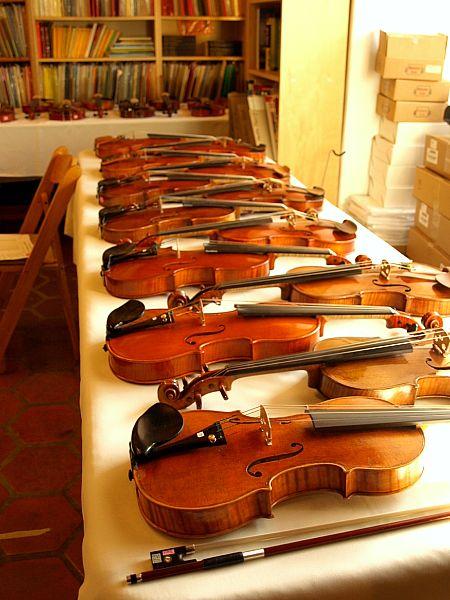 Cremonese Violins