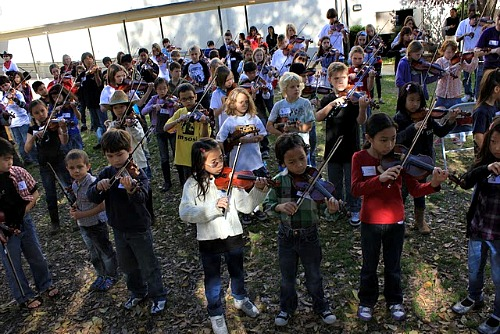 Kids at Fiddle Fest